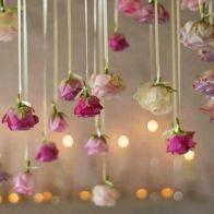 71b40b9595675c79ec27b3658fc0f526--flower-bomb-church-decorations